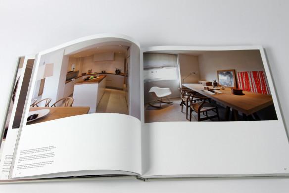kleines badezimmer groser wirken lassen inspiration ber haus design. Black Bedroom Furniture Sets. Home Design Ideas