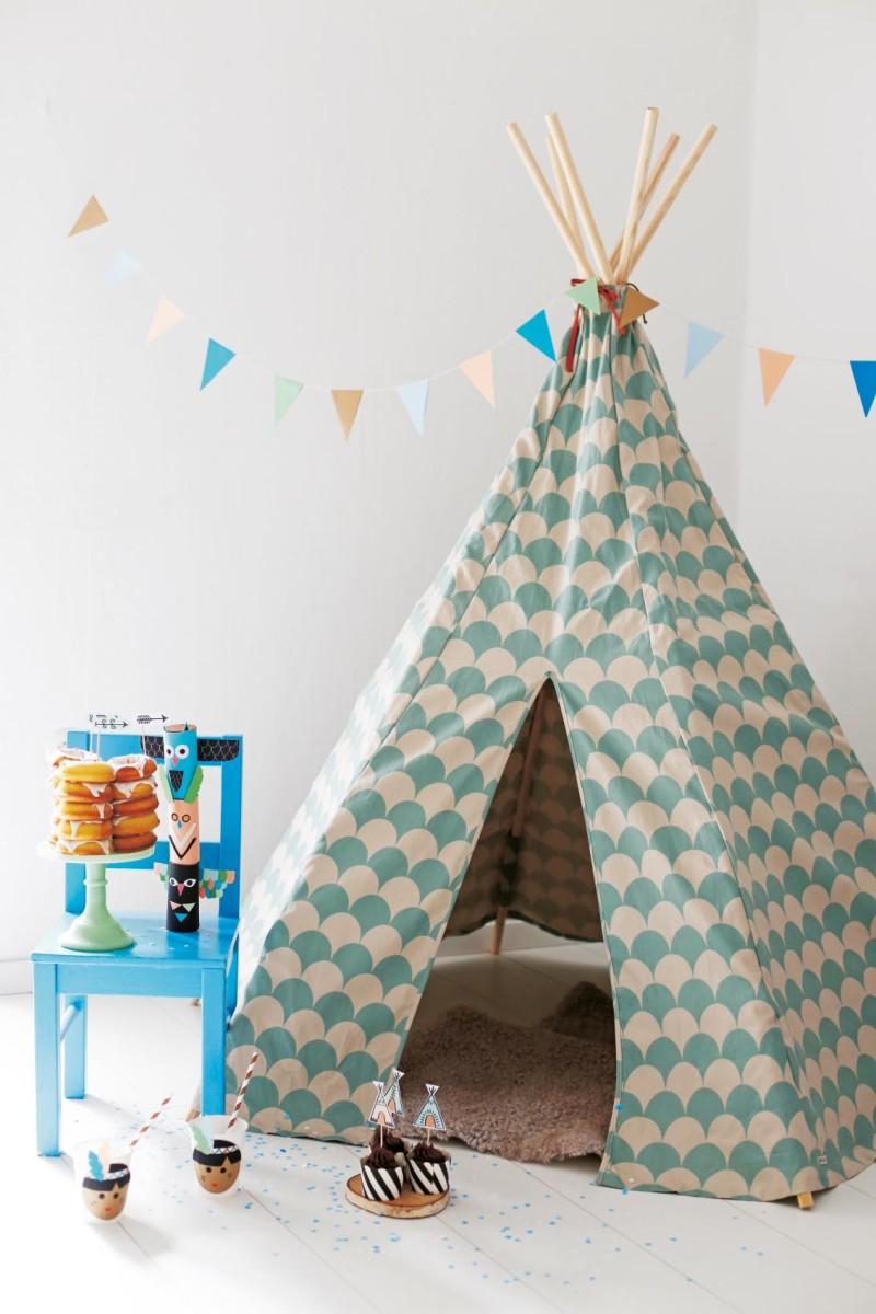 fr ulein klein feiert mit kindern buch kindergeburtstag ideen. Black Bedroom Furniture Sets. Home Design Ideas