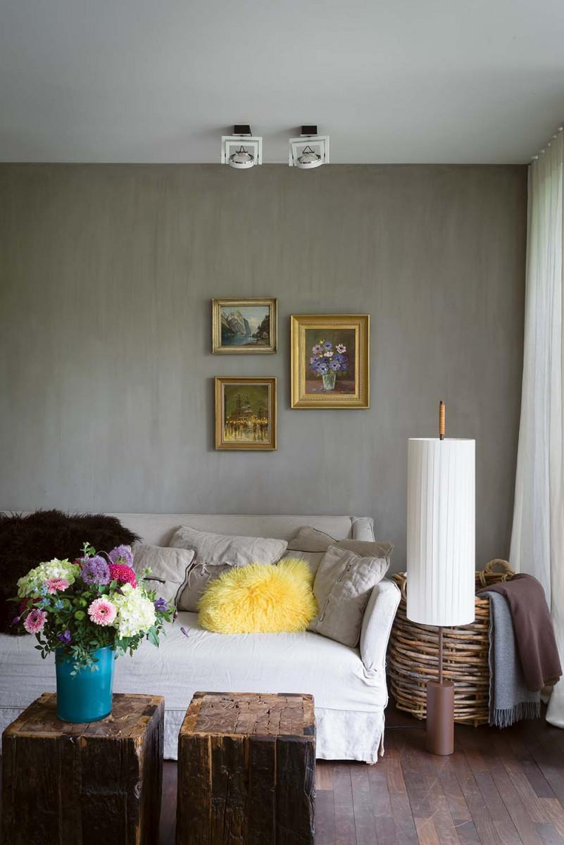 Die Wände dieses edlen Schlafzimmers sind mit Limewash getüncht ...