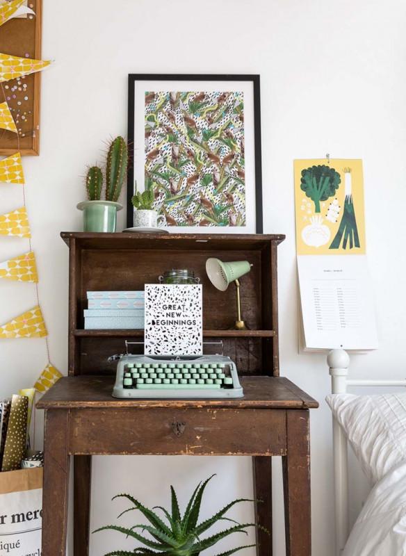 urban jungle interior book plants bedroom