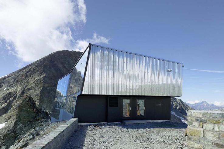 alpine-architektur-savioz-fabrizzi-tracuithuette-eingang