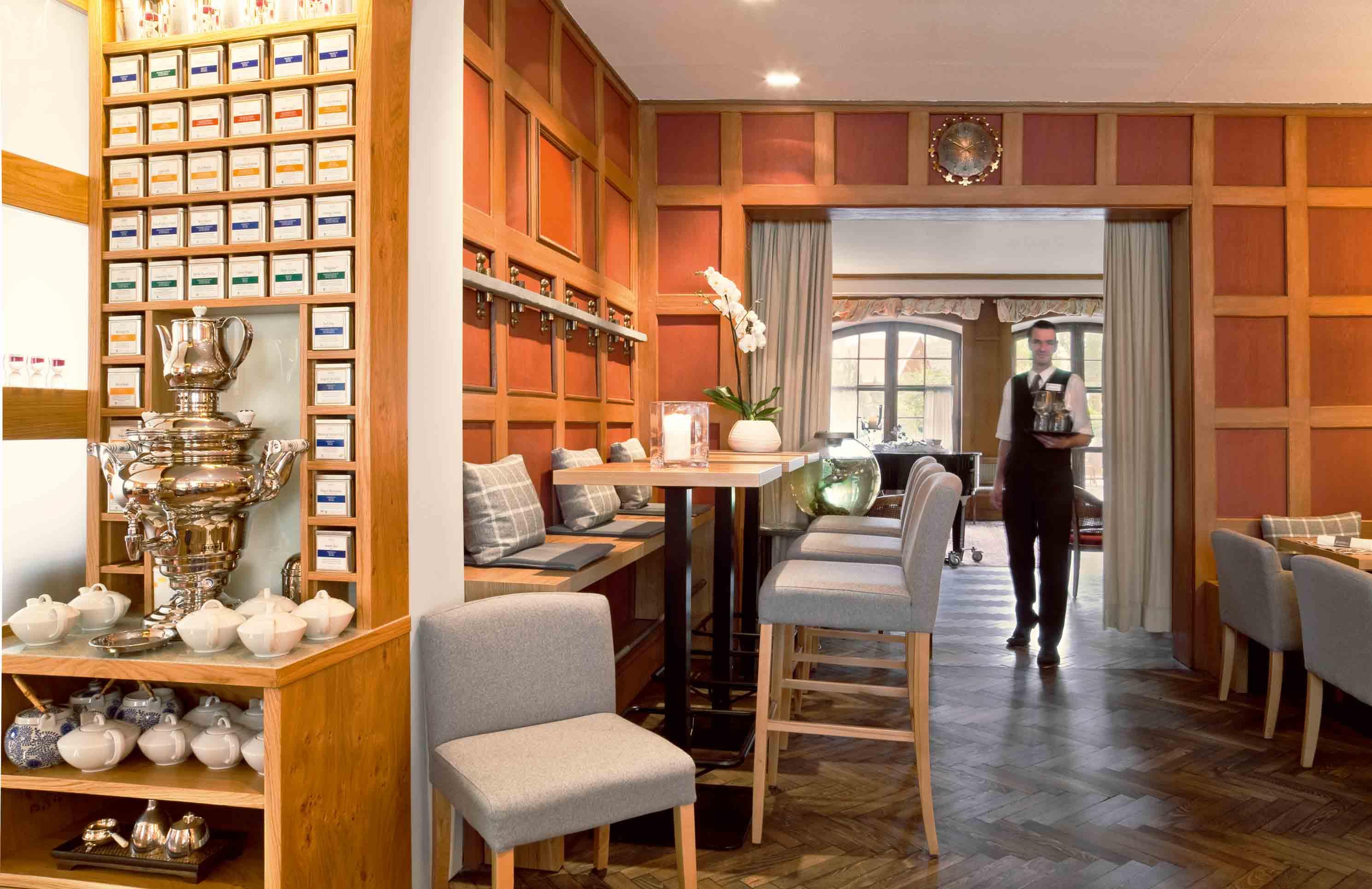zu besuch in den bergen traumhotels in bayern. Black Bedroom Furniture Sets. Home Design Ideas
