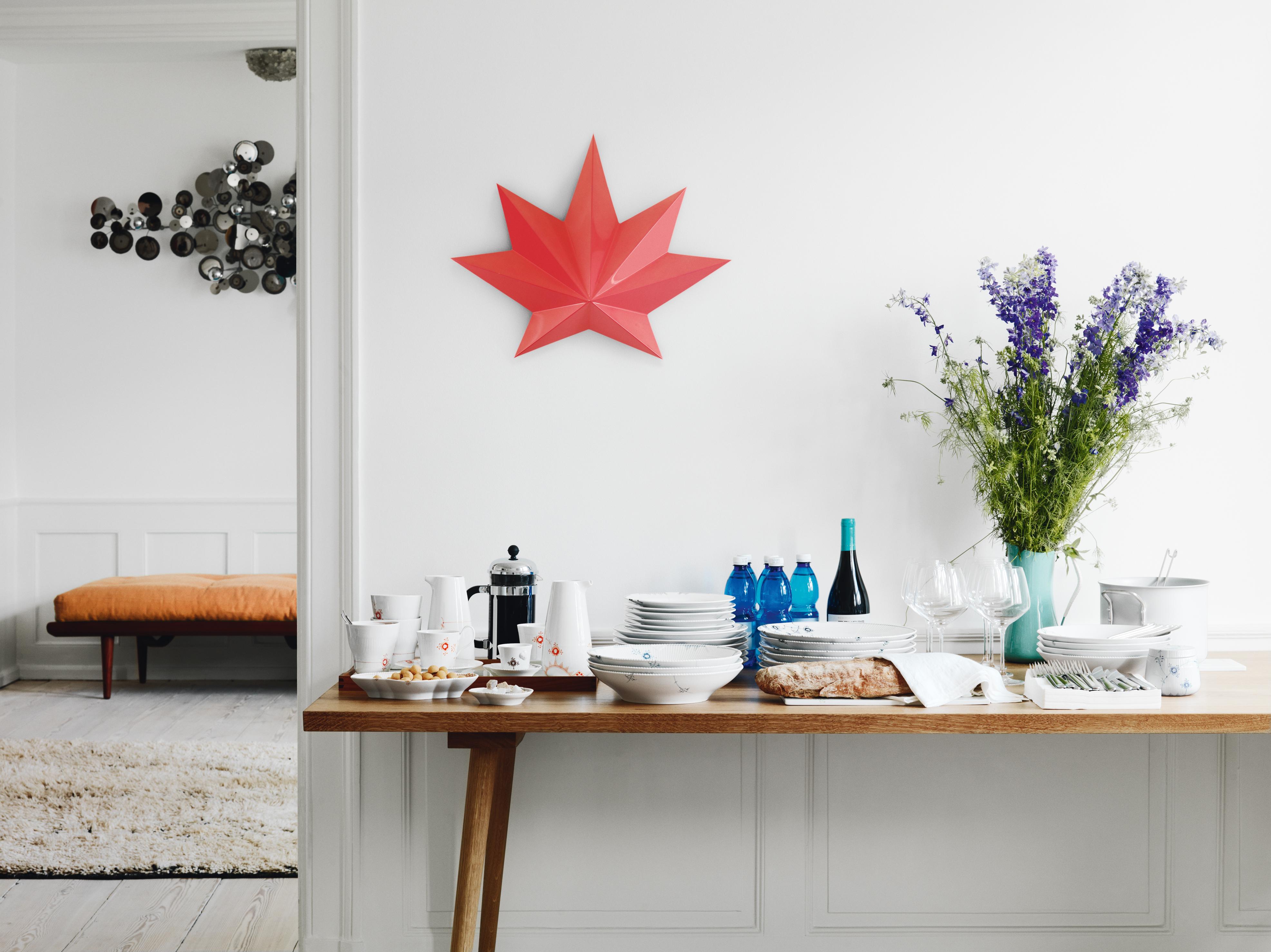 der perfekte gastgeber vorstellung das gro e wohnbuch. Black Bedroom Furniture Sets. Home Design Ideas