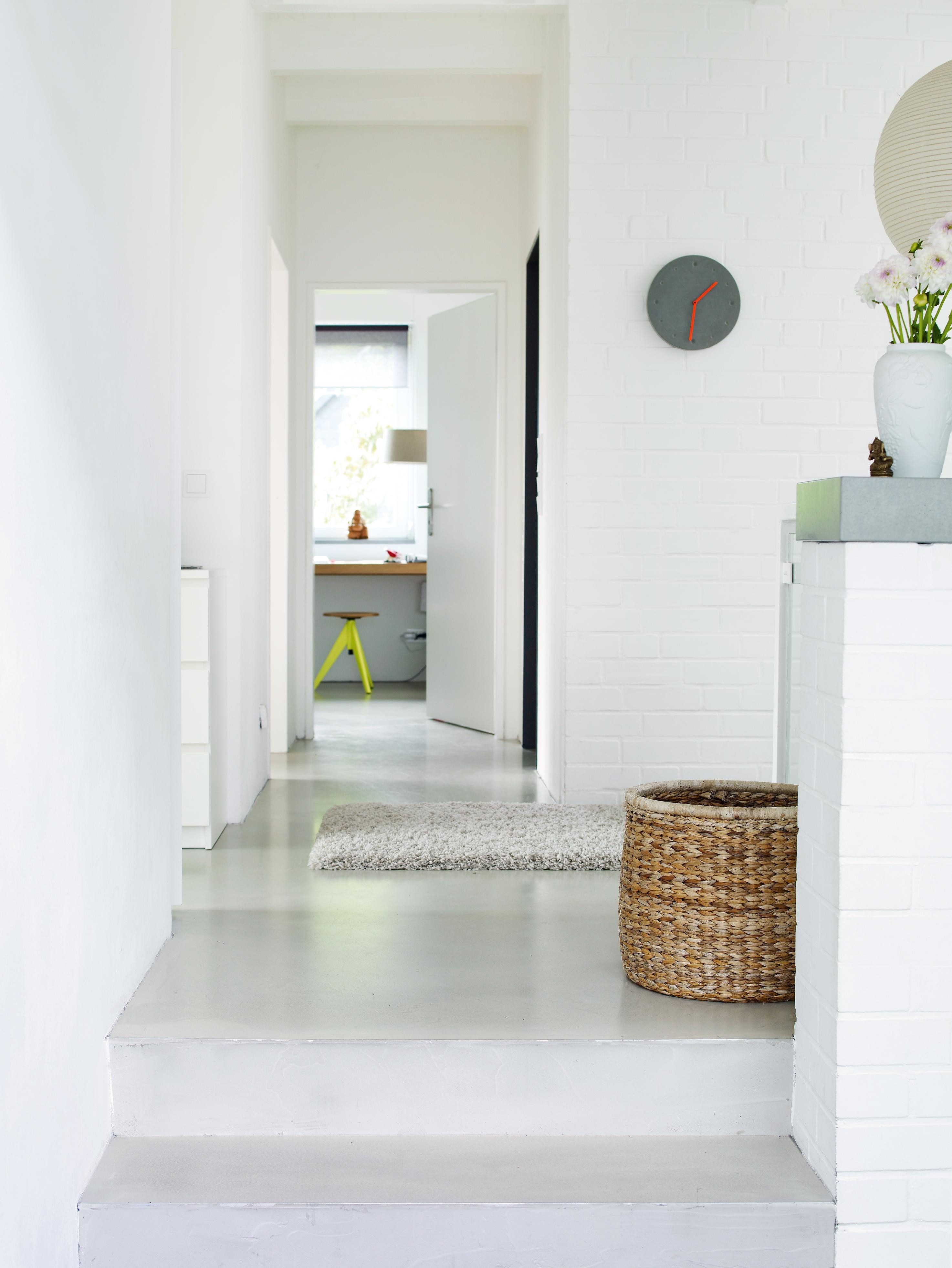 ein hocker aus beton selbst gemacht. Black Bedroom Furniture Sets. Home Design Ideas