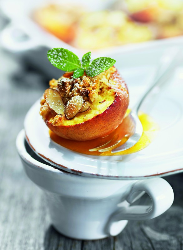 Gebackener Pfirsich mit Mandellikör