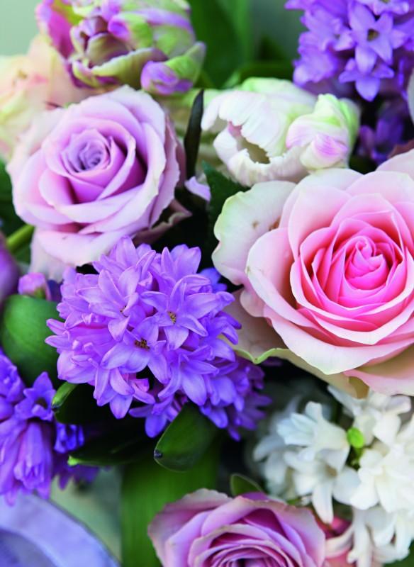 Hyazinthen und Rosen