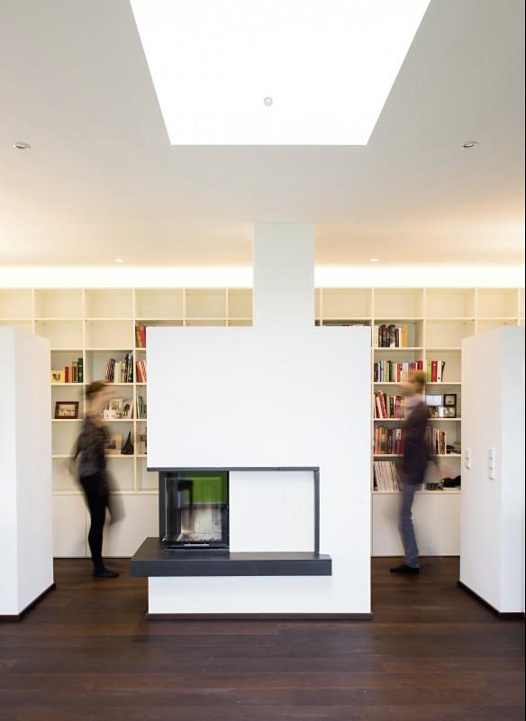 MuH_Haus H_Wohnraum mit Oberlichte