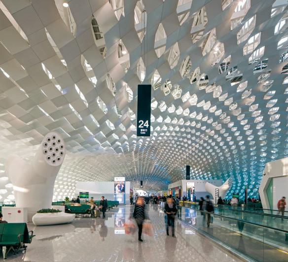 Lichtdesign - Besondere Lichtführung Flughafen Shenzen