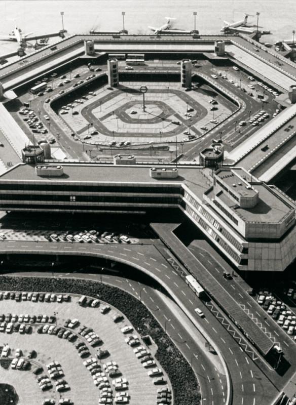 Flughafen Berlin-Tegel - Architektur