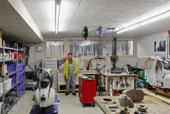Bernardo Bader Vespa Werkstatt