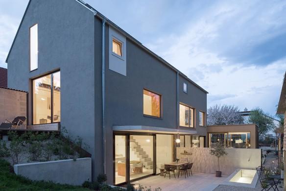 Haus Steildach Fenster Architektur