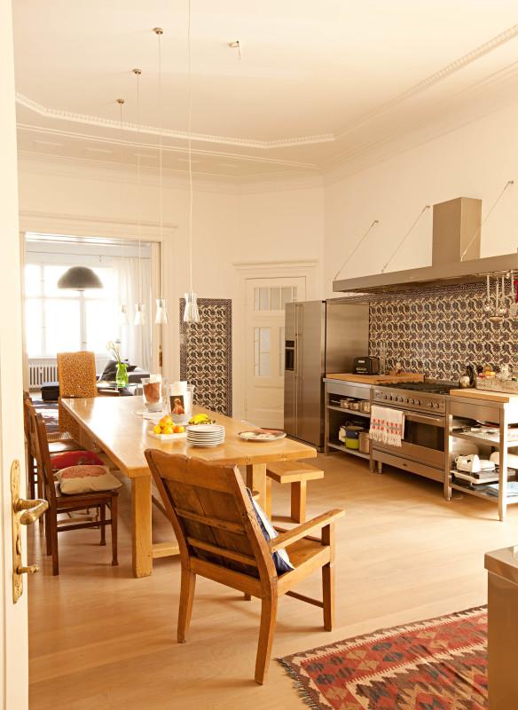 Küche bei Desirée Nosbusch