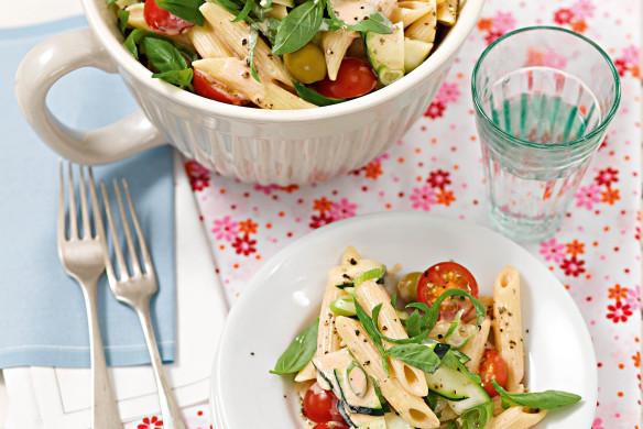 Mediterraner Nudelsalat mit Orangen-Tomatencreme Rezeptideen