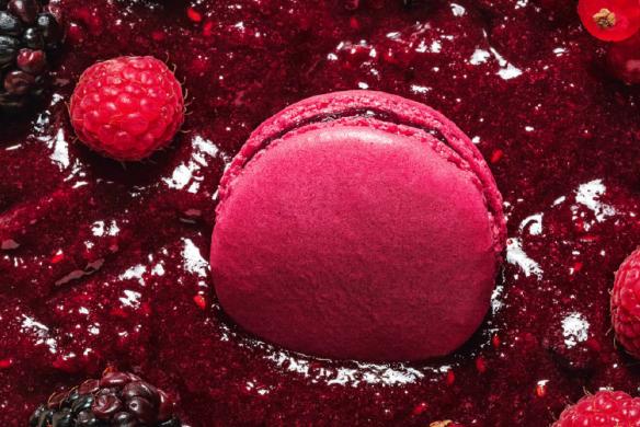 Rote Früchte Macaron Rezeptbuch für Christian Lacroix