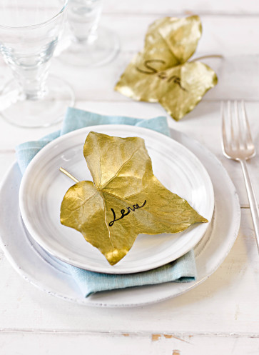 Tischdeko Herbst Blätter Gold