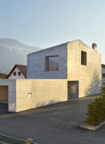 hdj-15-savioz-fabrizzi-betonfassade