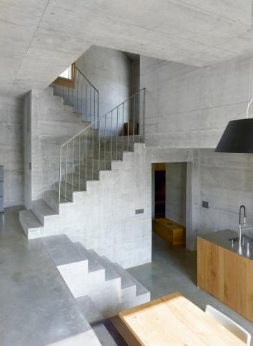 hdj-15-savioz-fabrizzi-betontreppe