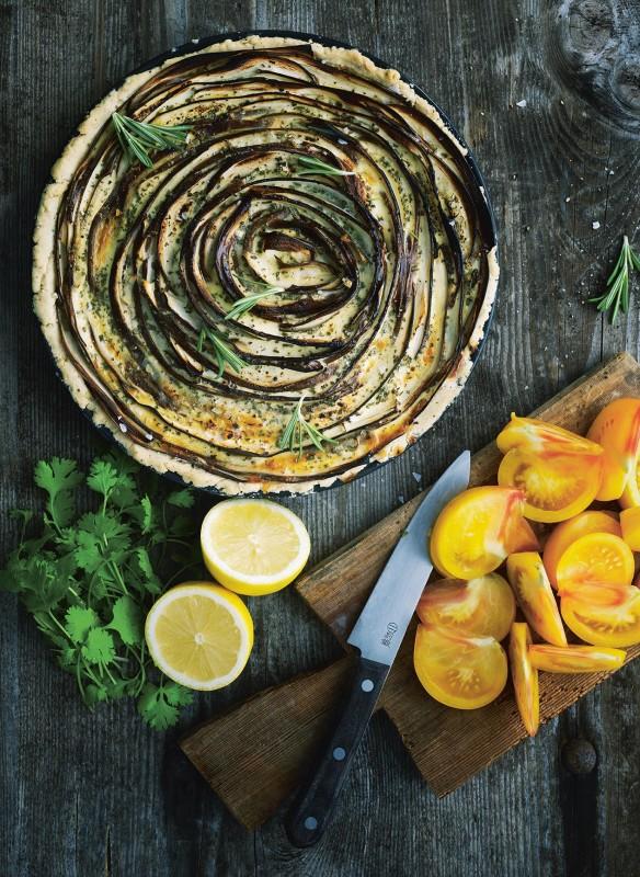 Rezept auberginentarte mit tomatensalat