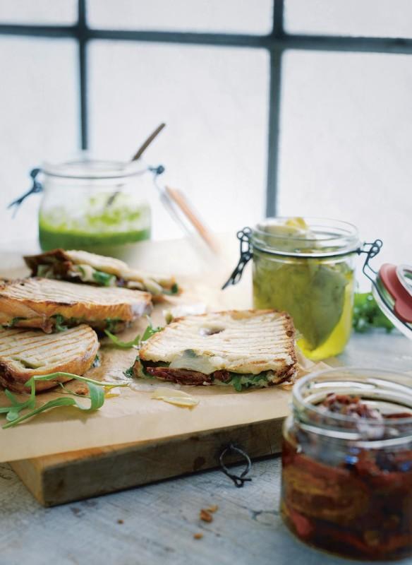 callwey-bonisolli-vegetarisch-gegrilltes-sandwich-mit-artischocken