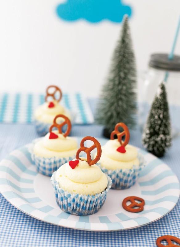 Kindergeburstag  Mottoparty Bayern  Oktoberfest Brezelcupcakes Muffins für Kinder