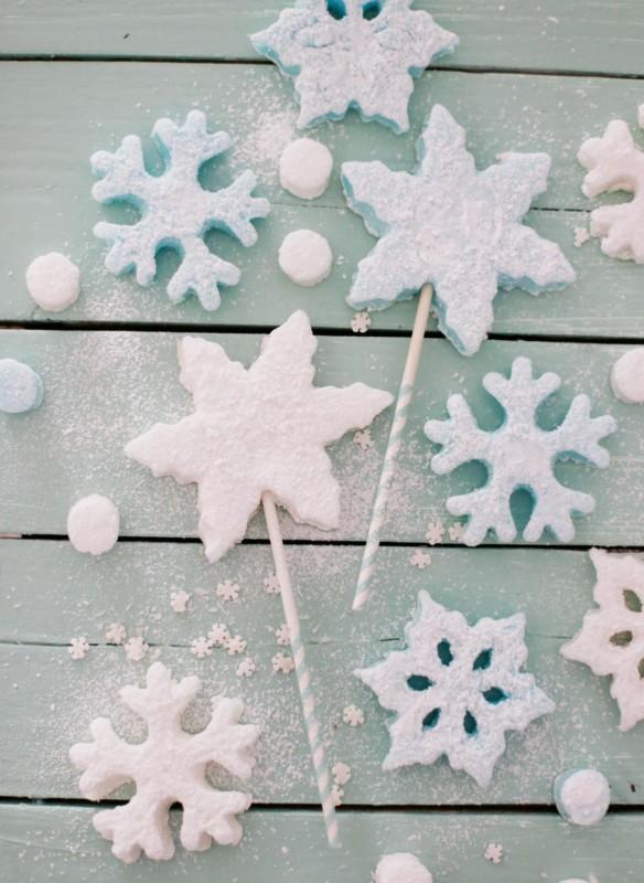 Winterwunderland Kindergeburtstag  Schneeflockenmarshmellows Leckereien für Kinder