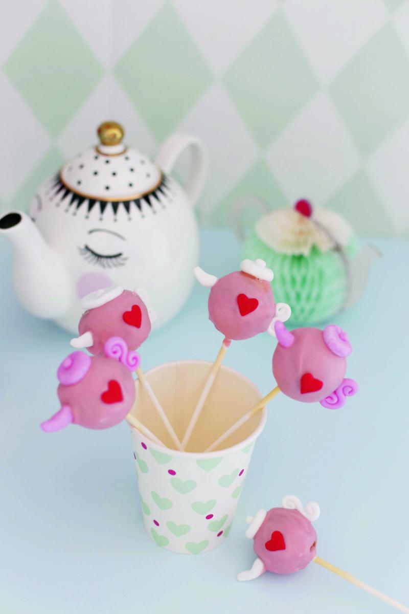 cakepops rezept kindergeburtstag ideen von fr ulein klein. Black Bedroom Furniture Sets. Home Design Ideas