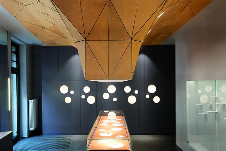 bdia handbuch innenarchitektur vernissage deckenskulptur juwelier