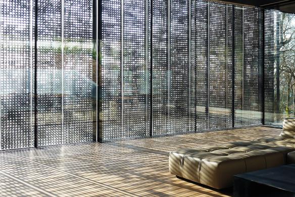 Häuser des Jahres 2016 Glasfassade Faltschiebeläden