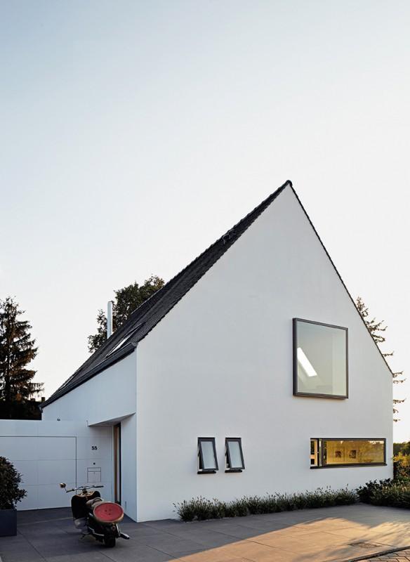 Häuser des Jahres 2016 Siedlungshaus Giebeldach Aussenansicht