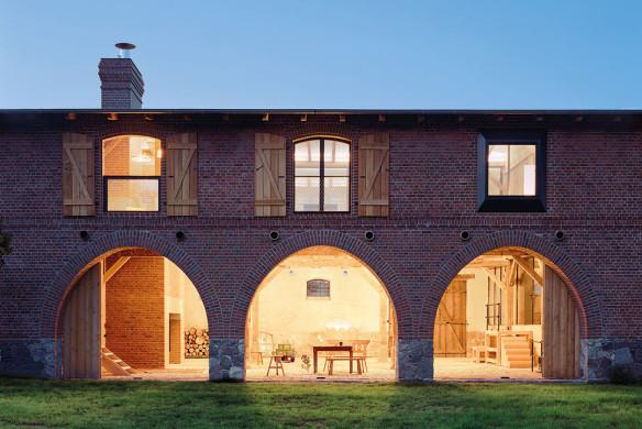 Häuser des Jahres 2016 umgebaute Scheune Aussenansicht