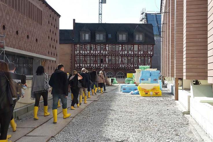 callwey-architekturspaziergang-baustelle-historisches-museum-hofweb