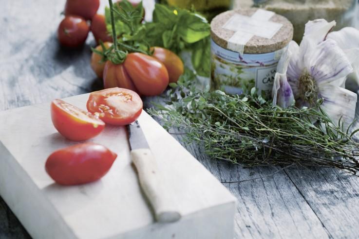 Garten winterfest machen Barbara Bonisolli 100 Rezepte aus meinem Garten Tomaten einlegen