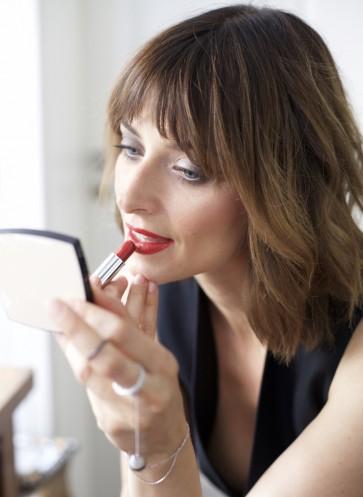 Stilvoll rote Lippen Eva Padberg Outfit Weihnachten
