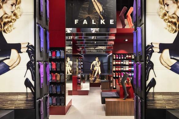 FALKE Store Bicester, England  Architektur: KEGGENHOFF | PARTNER Architekten, Arnsberg