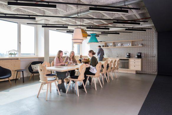 Space for Creative Thinking neue Lern- und Arbeitswelten Bookingcom Salzburg