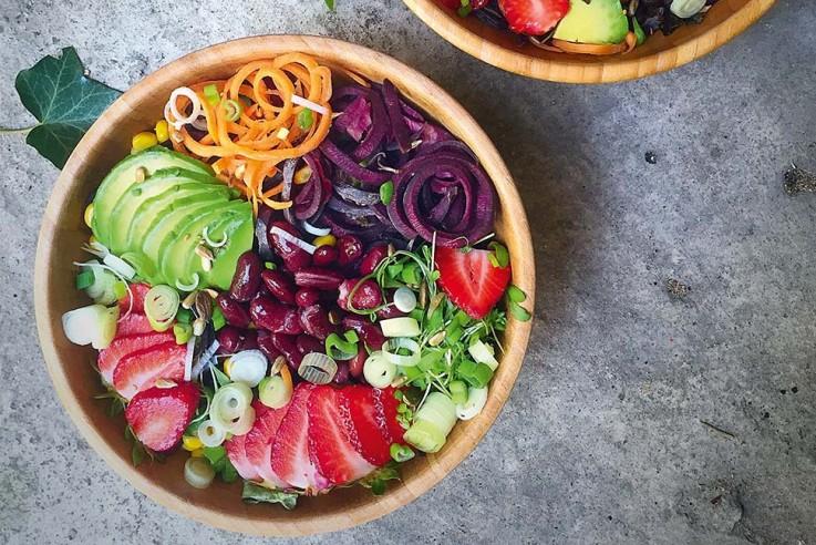 Rezept Buddha Bowls Mittagsbowl mit Erdbeeren