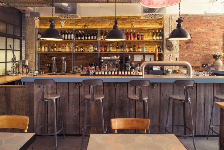 Frankfurt-Bareburger-Bartresen-design-in-architektur