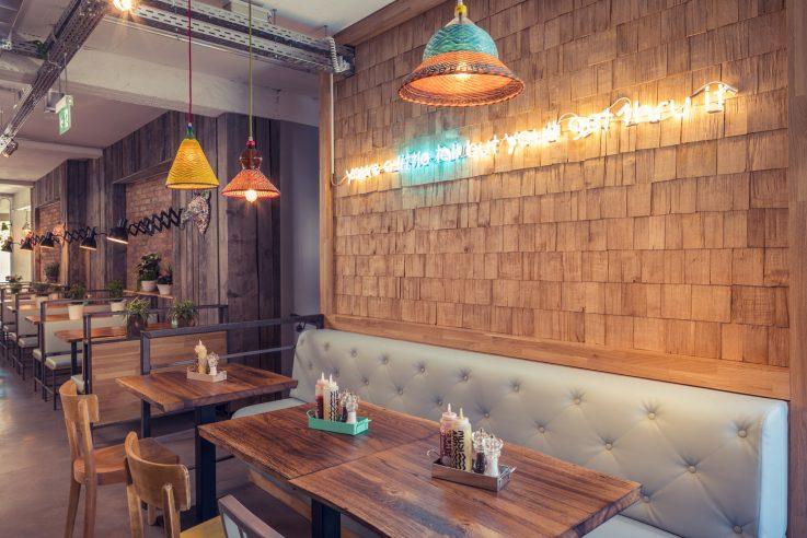 bdia-handbuch-innenarchitektur-restaurant-bareburger-gastraum