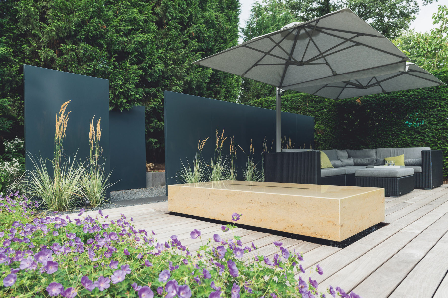 callwey gartenstory bl hender stadtgarten in d sseldorf. Black Bedroom Furniture Sets. Home Design Ideas