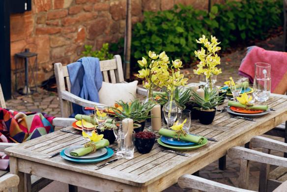 Tischkultur dekorieren Feste Gäste Callwey Hoffest essen im freien Sommer