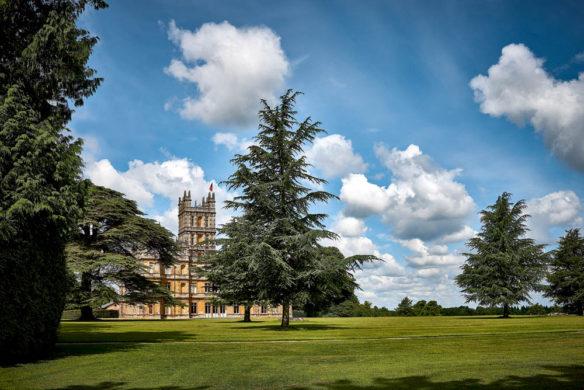 Highclere Castle, der Schauplatz der erfolgreichen britischen Fernsehserie Downton Abbey