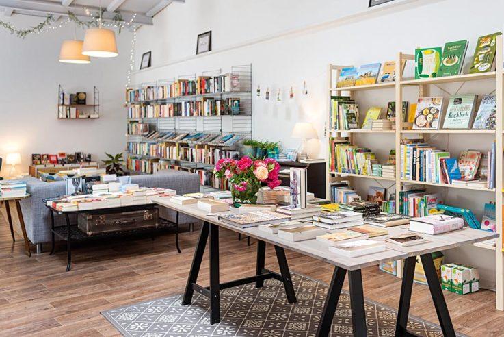 Büchertisch; Lieblings Buchhandlung