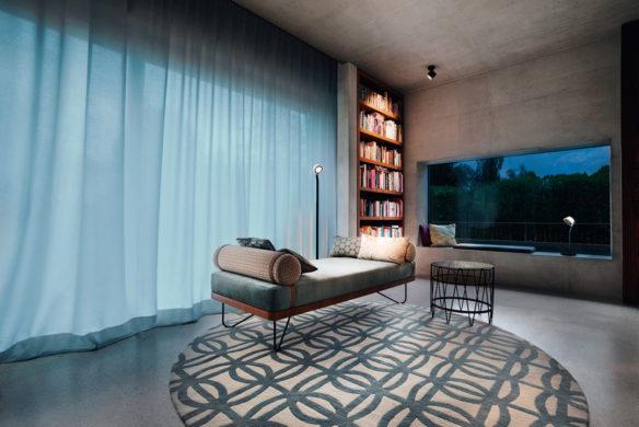 Die besten Einfamilienhäuser aus Beton Einfamilienhausarchitektur Architekturbuch maio & maio architekten Sichtbetonhaus München Wohnzimmer