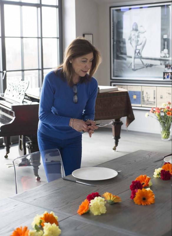 Grossartige Gastgeberinnen einladen Gäste Callwey Tisch decken Blumen Deko Rehlingen