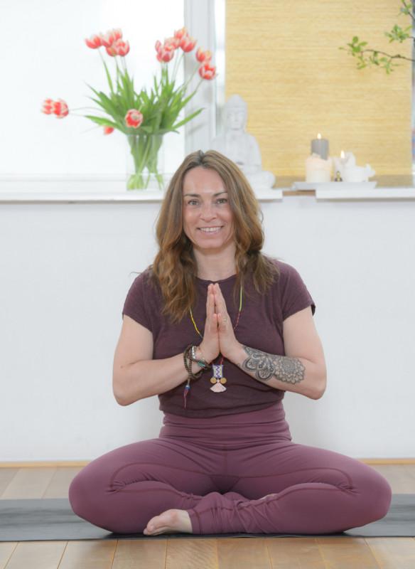 I love Yoga Gutscheinbuch Hamburg Studio 78 Asana