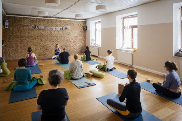 I love Yoga Gutscheinbuch München Kurs Studio