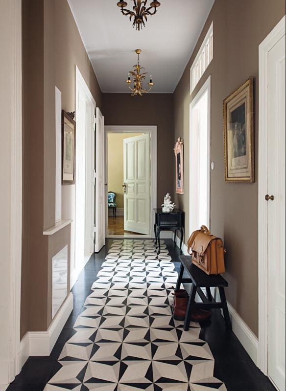 Ornament und Farbe Zementmosaik VIA Platten Altbauwohnung Flur