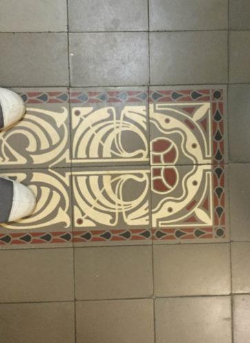 VIA historische Zementmosaikplatten Berliner Klinik