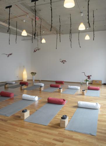 I love Yoga Gutscheinbuch Callwey Flying Yogi  Hamburg