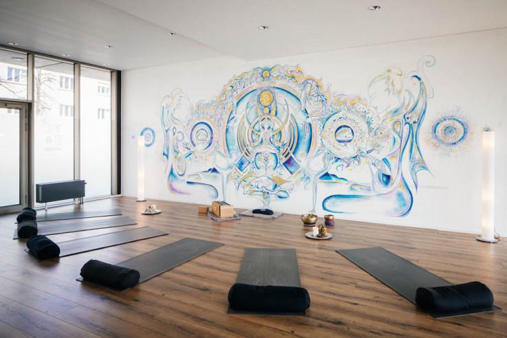 I love Yoga Gutscheinbuch Callwey Yogaraum bunt hell